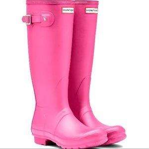 Women's tall pink hunter boots size 8